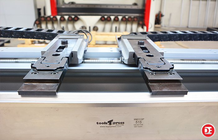Servo Electric Press Brake Dener Makİna